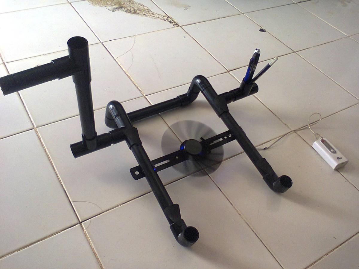 lapton stand